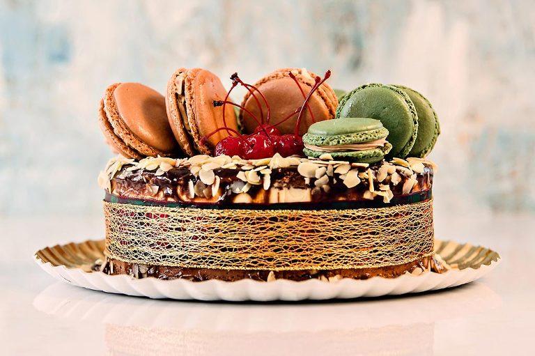 Tort cu Macarons